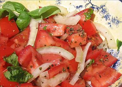 Сицилийский салат из помидоров